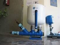 Hidroariete para trabajo pesado (CP-02, 4) e Hidroariete para elevar volumenes menores: CO-01, 2