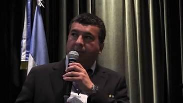 Iluminación en reproductoras y ponedoras, Daniel Valbuena (Hy Line)