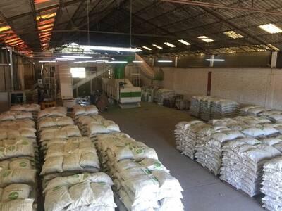 Planta procesadora de cubos de alfalfa