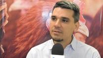 Aditivos para nutrición de gallinas ponedoras, Julián Poderoso