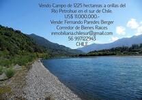 Vendo Campo de 1.225 hectáreas a orilla de Rio sur de Chile