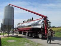 Delivery Trailer Bulkfeed