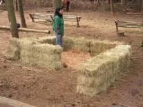 preparación de abrigo a campo para corderos recién nacidos