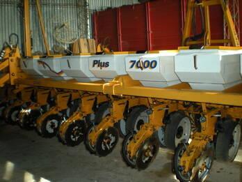 Sembradora Cele Plus 7000