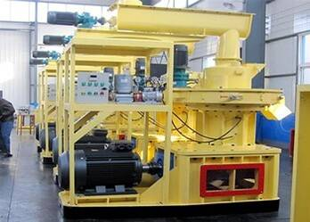 Indexes to Crushing Work of Wood Pellet Mill