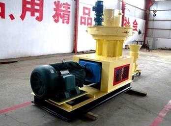 Molding Work of FTM Ring Die Pellet Machine